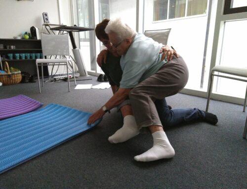 Wie können wir unseren Rücken schonen und gleichzeitig sie in ihrer Selbständigkeit fördern?